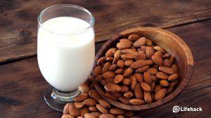 خرید بادام برای تهیهی شیربادام برای گیاه خواران