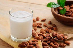 شیر بادامو کالری
