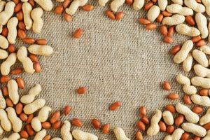 عرضهی بادام زمینی برای سلامتی